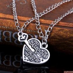 Romantický přívěsek pro dva srdce a klíček