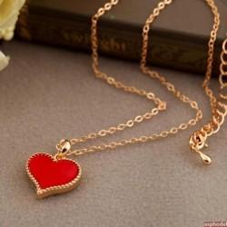 Stylový romantický přívěsek červené srdéčko s řetízkem